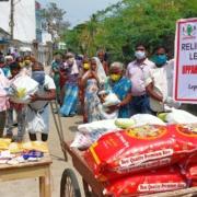 Uppahar verteilt Lebensmittel in Leprakolonie