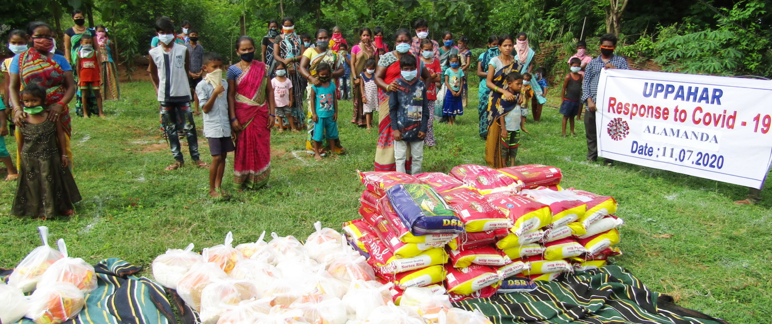 UPPAHAR is distributing food for needy people